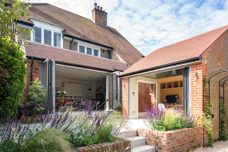 Hare Lane Frost Architects Ltd Jardin minimaliste