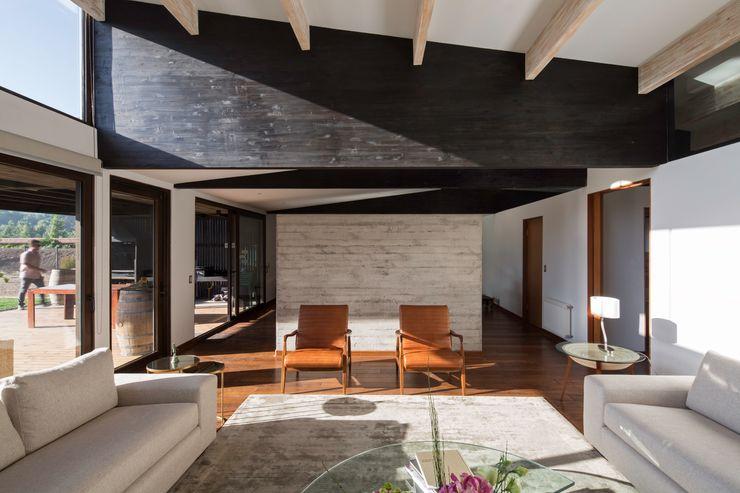 SUN Arquitectos 现代客厅設計點子、靈感 & 圖片