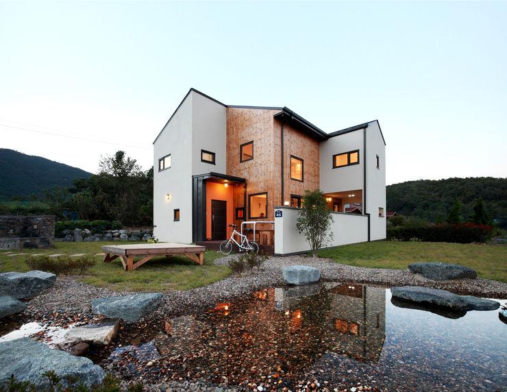 주택설계전문 디자인그룹 홈스타일토토 現代房屋設計點子、靈感 & 圖片