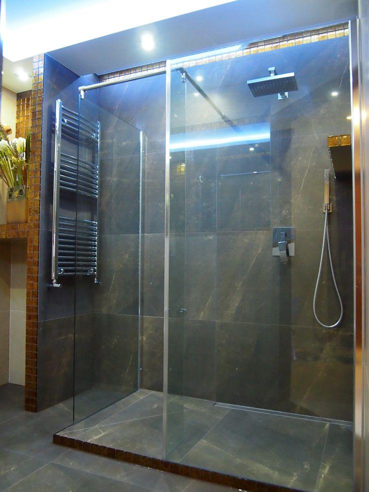 bratbud 現代浴室設計點子、靈感&圖片 陶器 Green