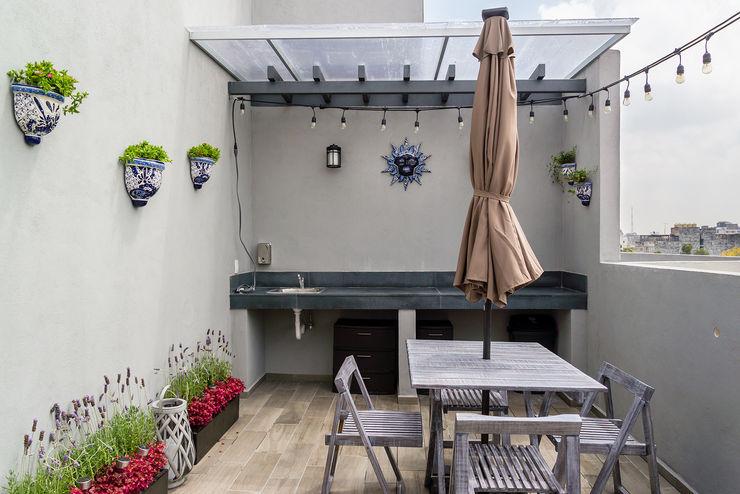 Choapan Decor by Erika Winters®Design Erika Winters® Design Balcones y terrazas rústicos