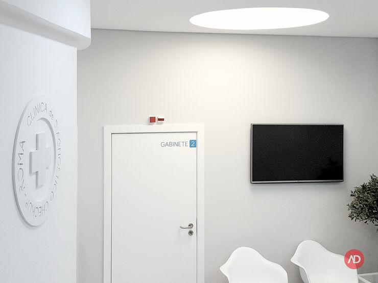Sala de espera ARCHDESIGN LX Clínicas minimalistas MDF Cinzento