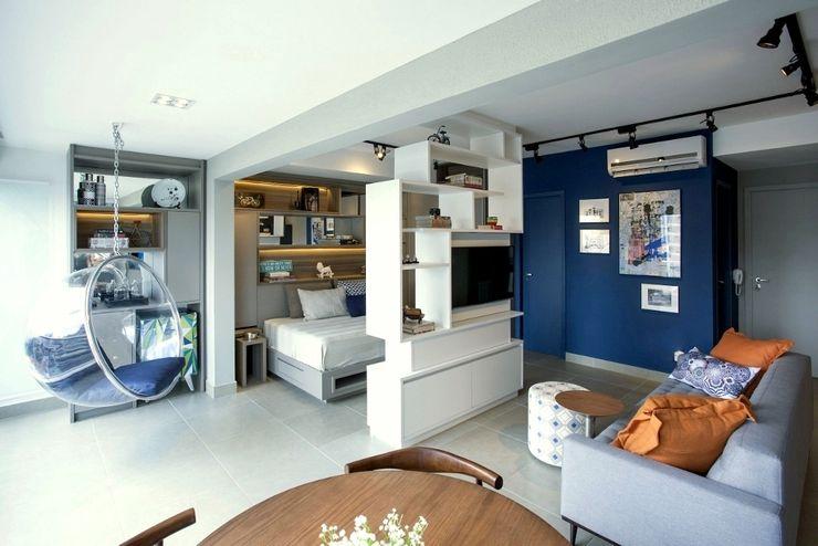 Michelle Machado Arquitetura Soggiorno in stile industriale Legno Blu
