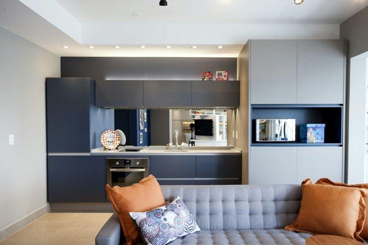 Michelle Machado Arquitetura Cucina in stile scandinavo Quarzo Blu