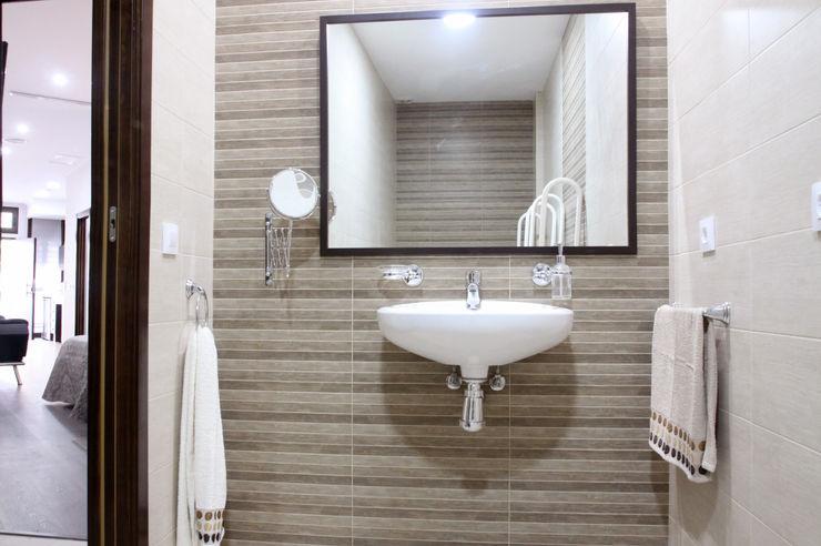 Loft Adaptado Platero Leiva_#LoftODB6 Mohedano Estudio de Arquitectura S.L.P. Baños de estilo moderno