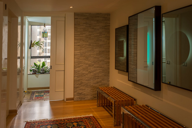 Duo Arquitectura y Diseño Pasillos, vestíbulos y escaleras eclécticos