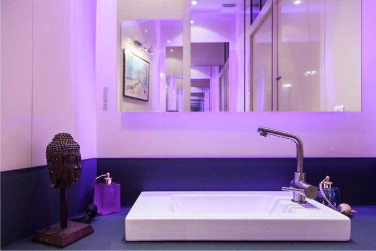 Cabinet de toilettes attenant à la salle d'eau Casavog Salle de bain classique Métal Ambre/Or