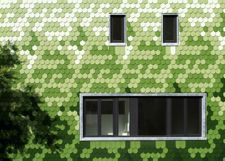 tile facade brandt+simon architekten Modern houses Ceramic Green