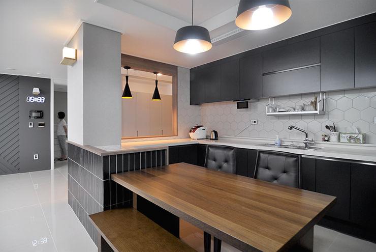 JMdesign 現代廚房設計點子、靈感&圖片