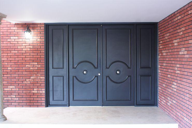 CASA VINTAGE ARQUIMIA ARQUITECTOS Arquimia Arquitectos Puertas y ventanas clásicas