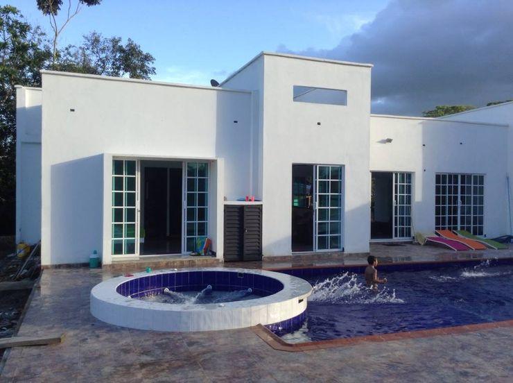 ARQUITECTOnico Casas minimalistas Branco