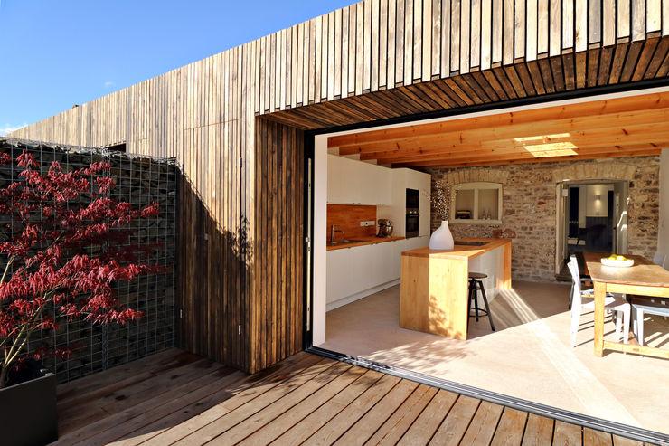 larch cladding design storey Eclectic style balcony, veranda & terrace