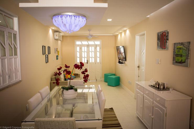 P2 Arquitetos Associados Tropical style dining room
