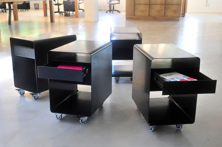 Paula Herrero   Arquitectura Office spaces & stores Iron/Steel