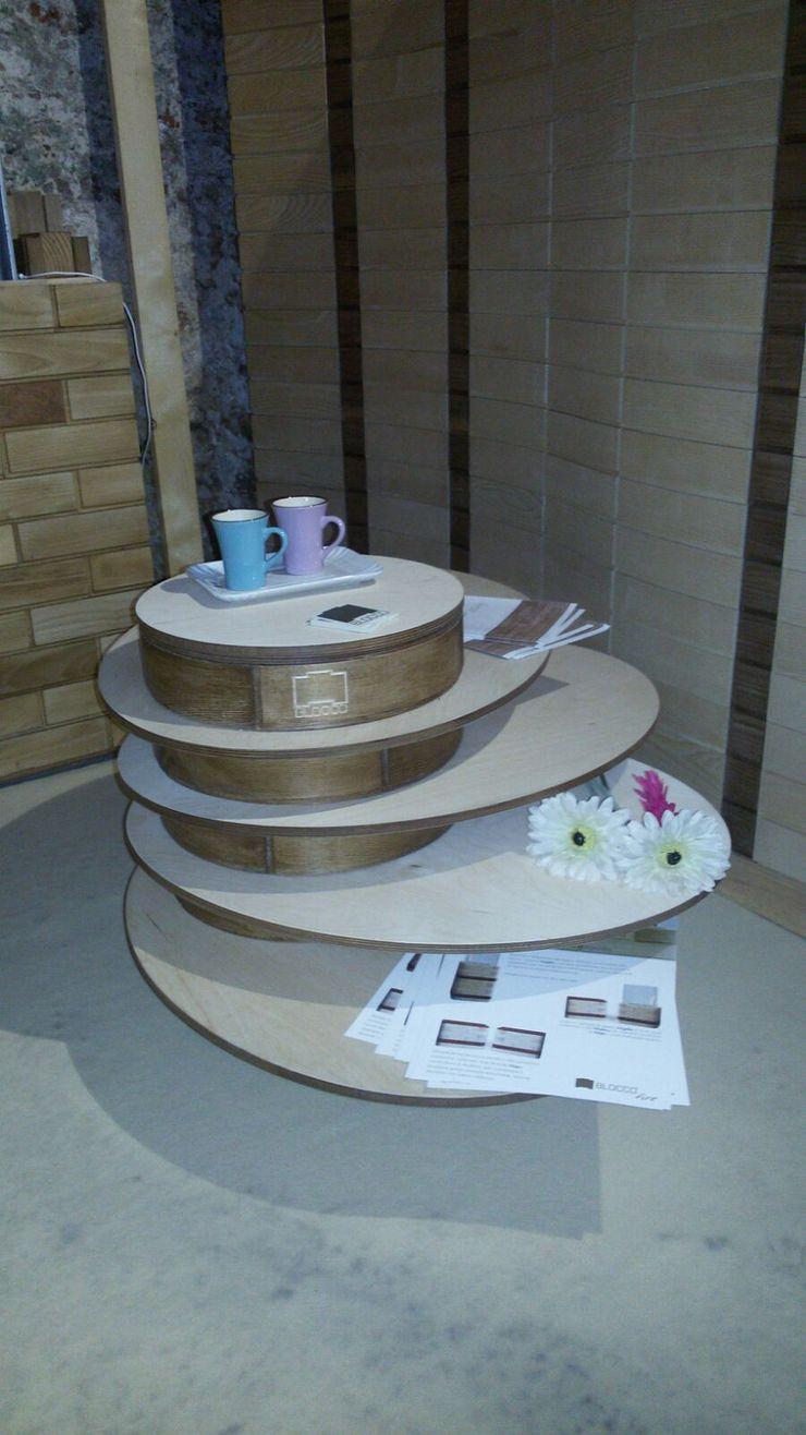 Blocco Arreda غرفة المعيشةطاولات جانبية و صواني خشب