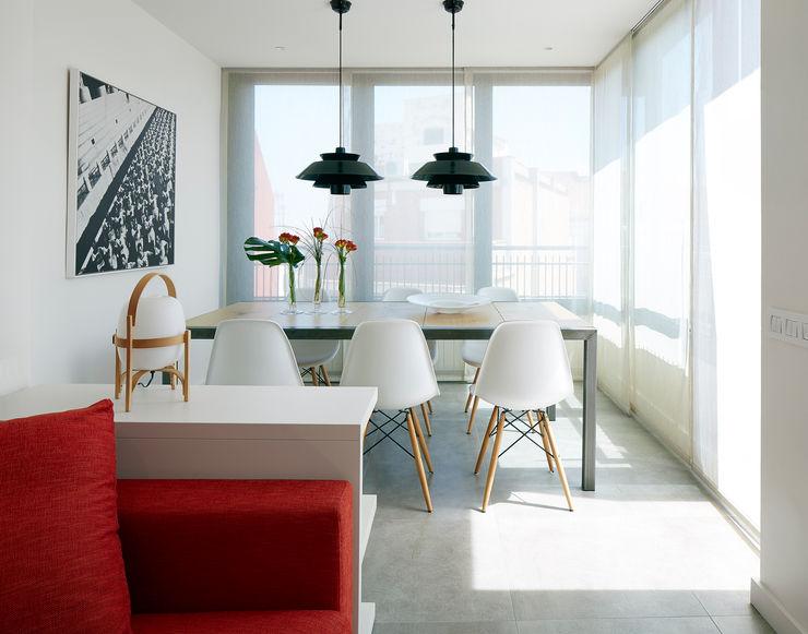 Molins Design Modern dining room