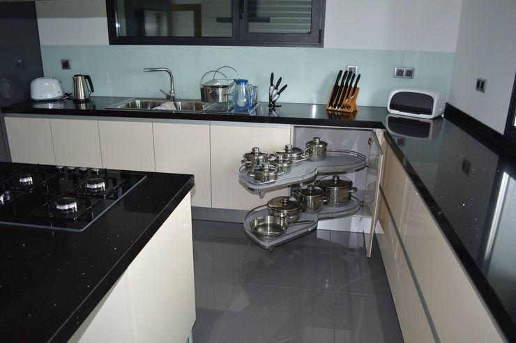 Ansidecor Cocinas modernas Compuestos de madera y plástico Multicolor