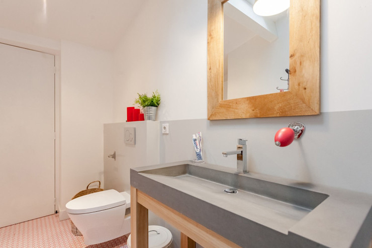 APPARTEMENT 175 FORT & SALIER Salle de bain moderne