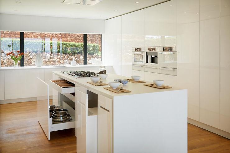 FABRI Minimalistyczna kuchnia Biały