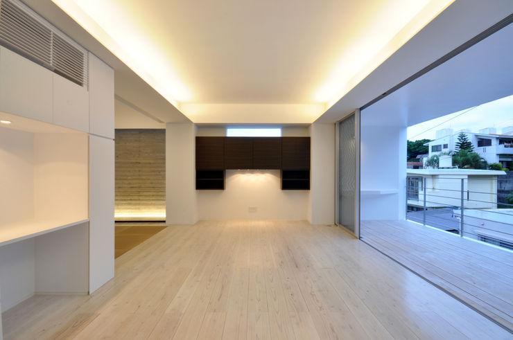 門一級建築士事務所 ห้องนั่งเล่น ไม้ Wood effect
