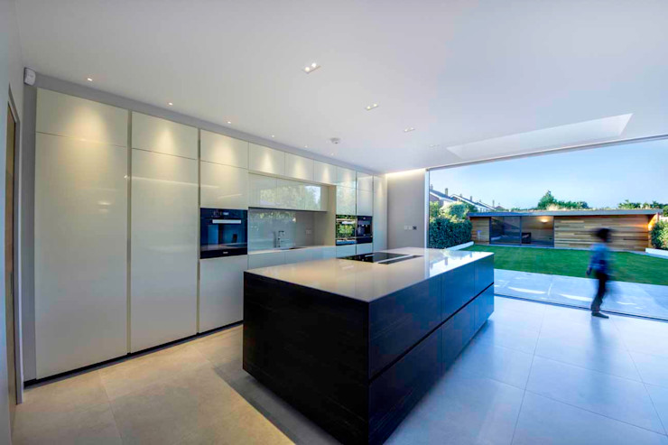 Hadley Wood—North London New Images Architects Modern kitchen