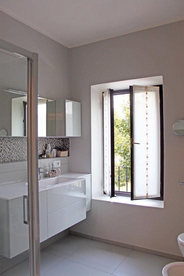 Relooking appartamento datato SuMisura Bagno moderno