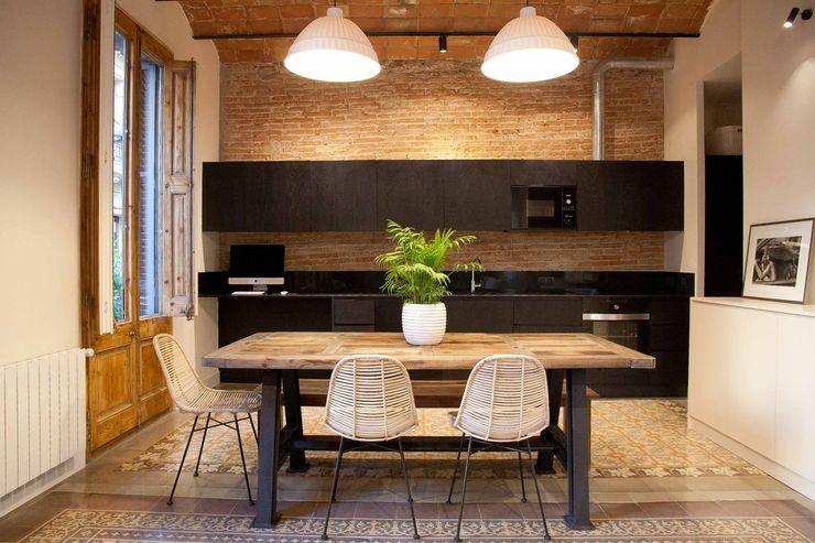 Cocina. Kitchen. Black kitchen. Open concept. Brick Serveis d'Interiorisme S.L. Cocinas modernas Negro