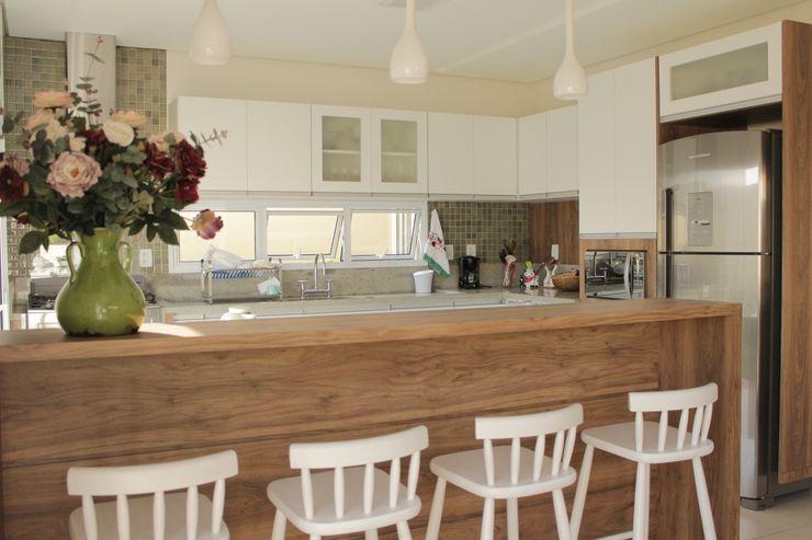 Lozí - Projeto e Obra Minimalist kitchen