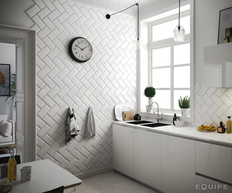 Metro White 10x20 Equipe Ceramicas Cocinas de estilo escandinavo Cerámico