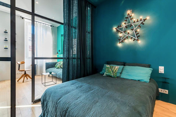 Insides Industrial style bedroom Blue