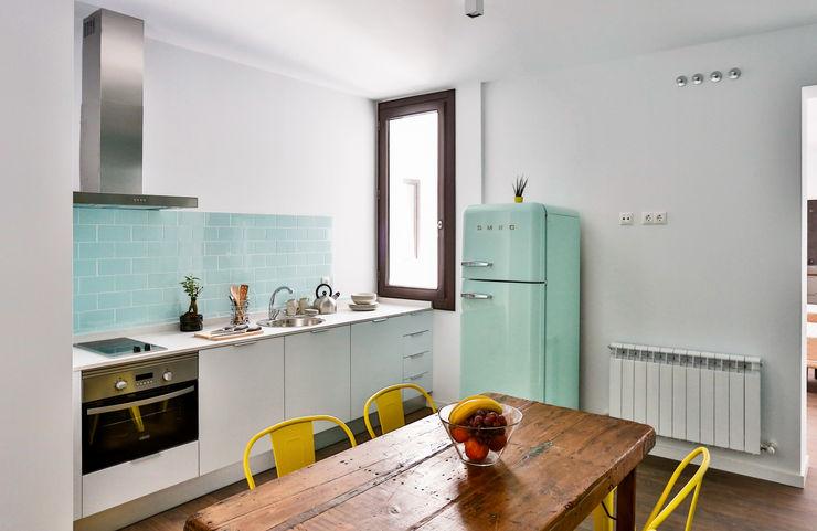StudioBMK Scandinavian style kitchen