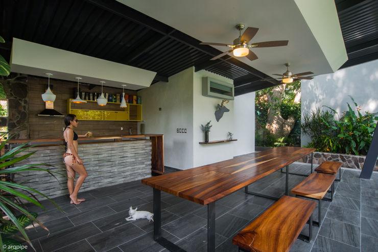 LUIS GRACIA ARQUITECTURA + DISEÑO Modern balcony, veranda & terrace Ceramic Grey