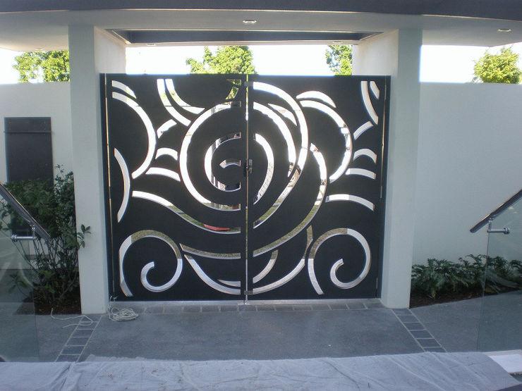 NATUREL METAL FERFORJE Portões de garagem Ferro/Aço Preto