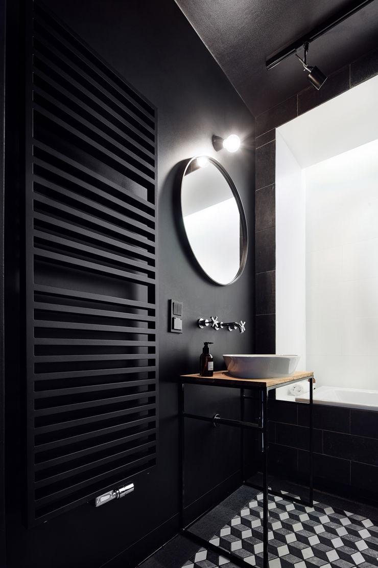 Daniel Apartment BLACKHAUS Minimalist style bathroom Stone Black