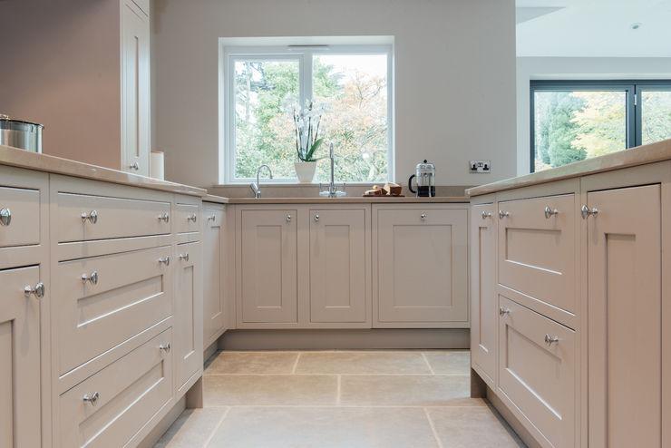 Mr & Mrs McD, Pyrford Raycross Interiors Classic style kitchen Beige