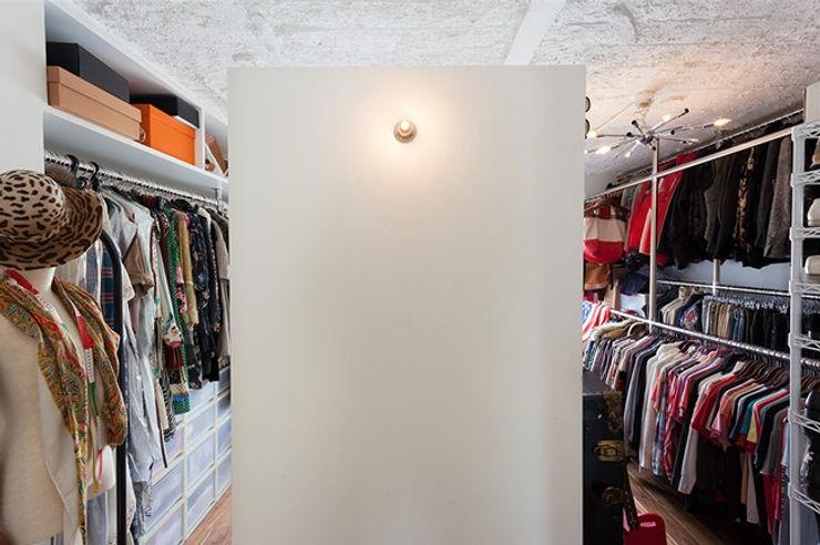 株式会社ブルースタジオ Modern Dressing Room