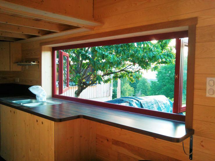 TINY HOUSE CONCEPT - BERARD FREDERIC Puertas y ventanas minimalistas