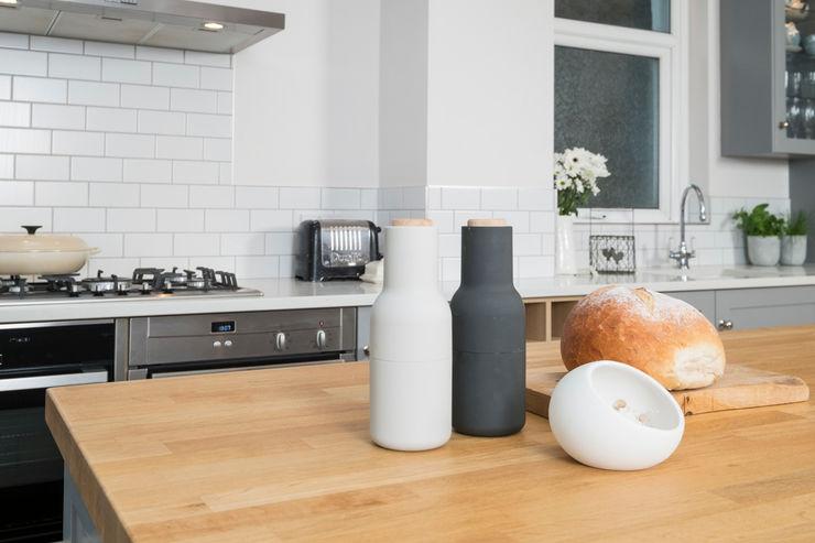 metro grey Chalkhouse Interiors Classic style kitchen Wood Grey