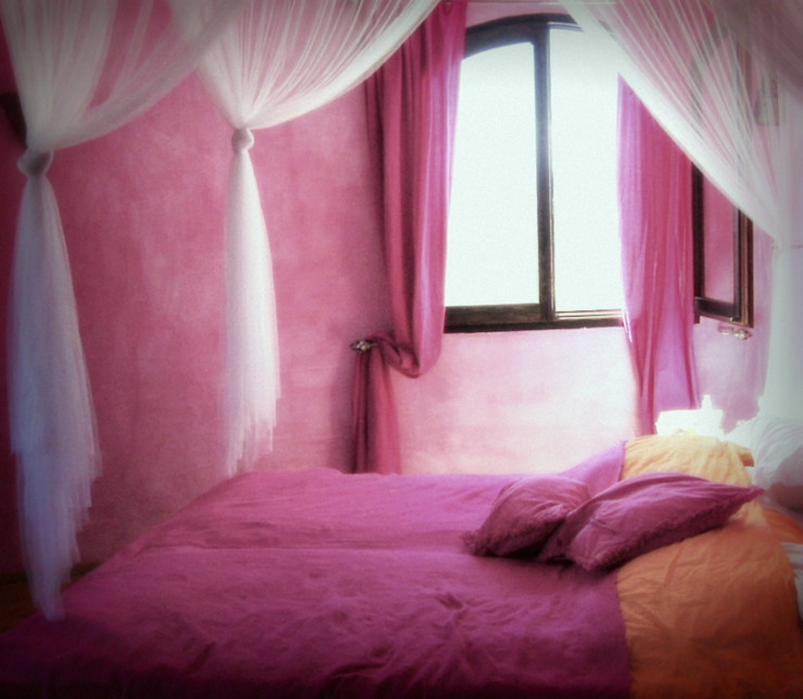 Styled And Sold Vastgoedstyling BedroomAccessories & decoration Pink