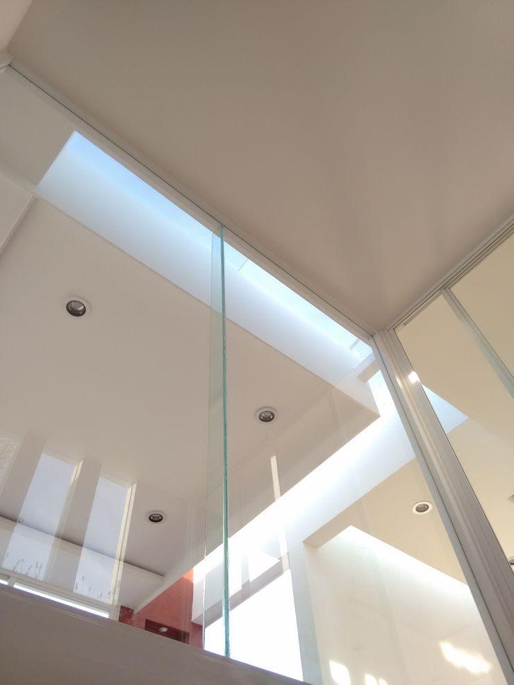 Arqca Hành lang, sảnh & cầu thang phong cách hiện đại