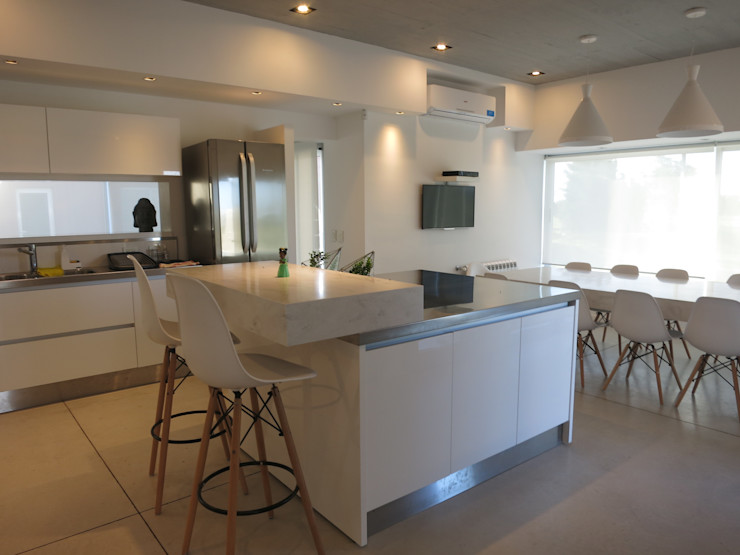MARIA NIGRO ARQUITECTA Cocinas de estilo minimalista
