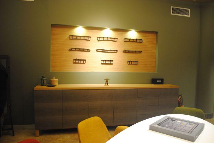 Ziynet Mobilya San.Tic.Ltd.Şti. Офісні приміщення та магазини Дерево Дерев'яні