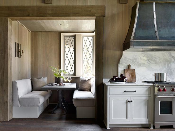 Jeffrey Dungan Architects Rustic style kitchen Wood Beige