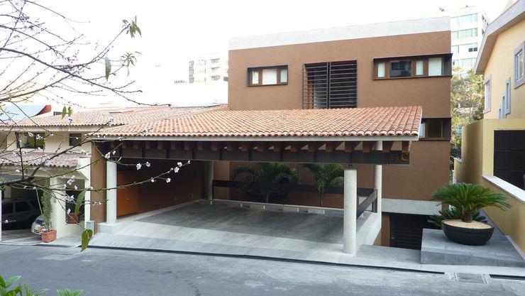 Casa Bosques Taller Plan A Casas modernas