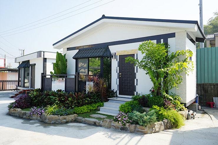 homify Asian style houses Concrete White