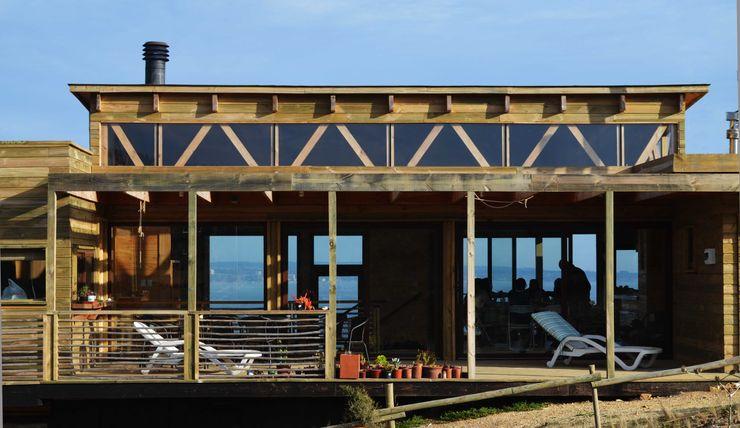 CASA TUNQUEN BLAC arquitectos Casas de estilo mediterráneo Madera Acabado en madera