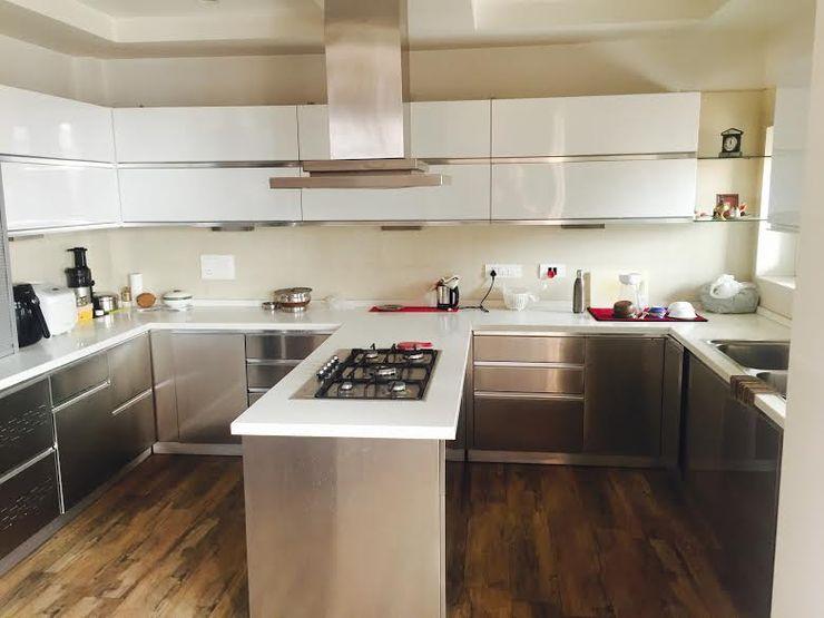 Akaar architects Cocinas de estilo industrial