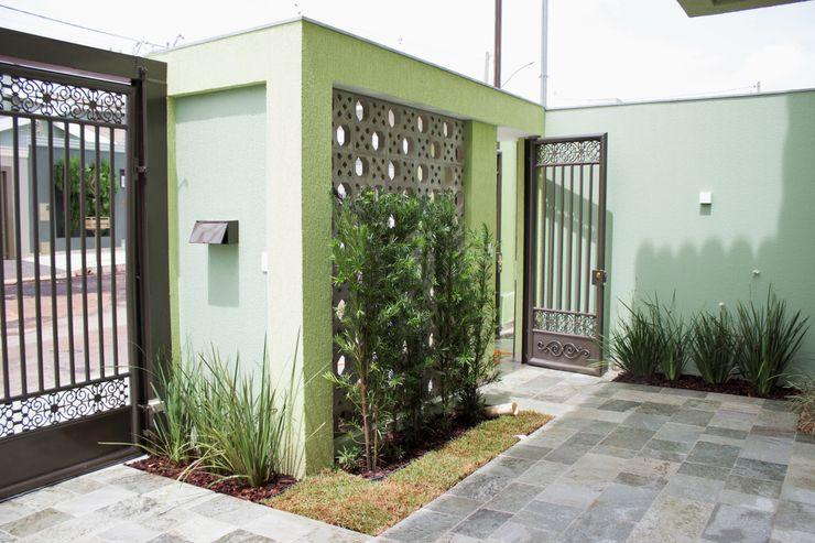 Pz arquitetura e engenharia Minimalist garage/shed Green