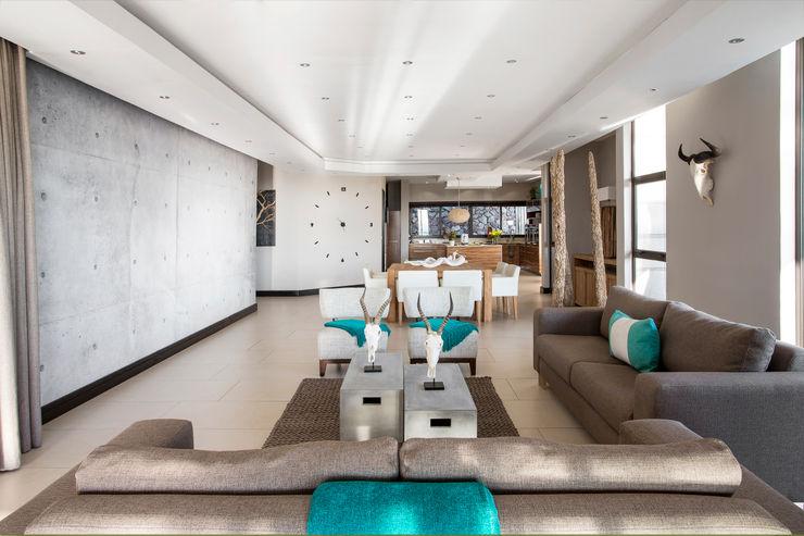 A subtle style FRANCOIS MARAIS ARCHITECTS Modern living room