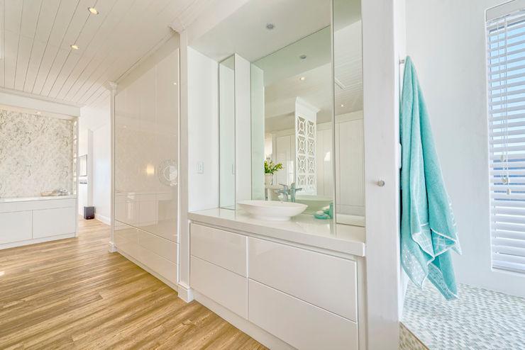 House Couture Interior Design Studio Eclectic style bathroom